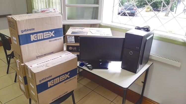 Novos equipamentos para a Emef José Mário Müller e Telecentro Comunitário