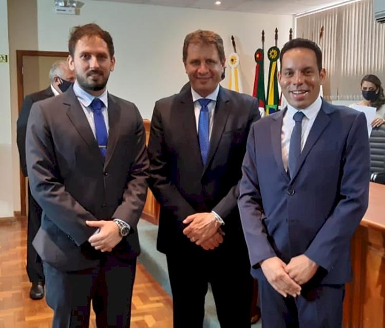 Governo Corso e Josias: os guris e o projeto de fazer uma nova política