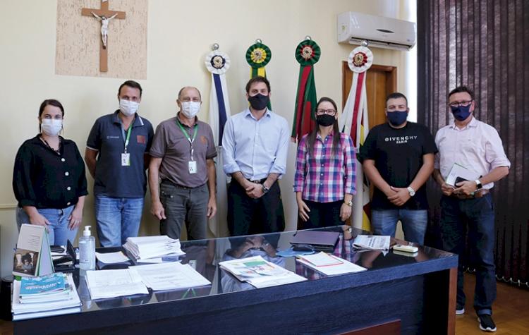 Projeto catadores é apresentado ao executivo municipal