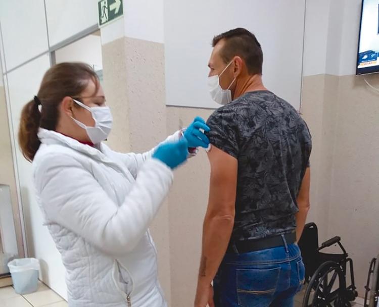 Municípios da região já vacinaram mais de 50% da população contra a Covid-19
