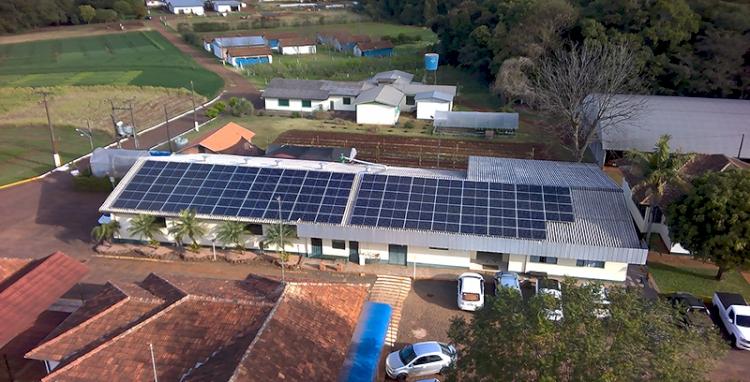 Setrem e RGE concluem parceria para geração de energia solar  e troca de lâmpadas