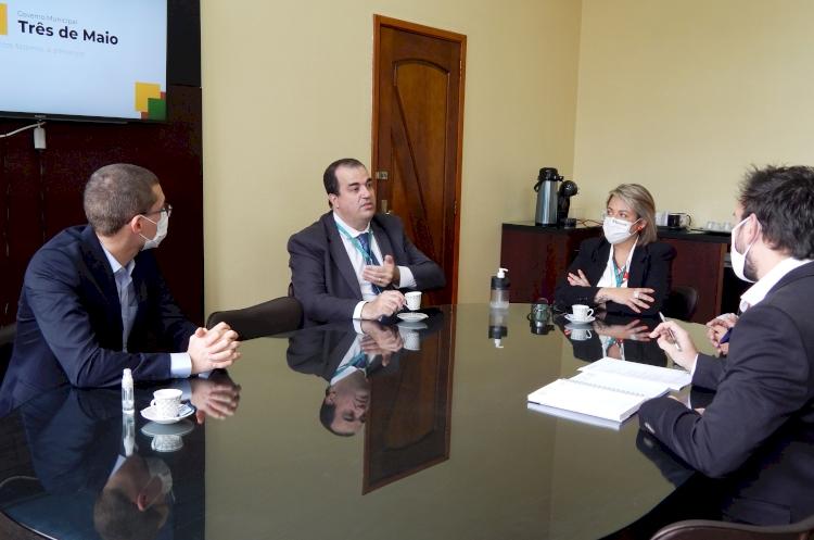 Simers em Três de Maio: diretor se reúne com prefeito e vereadores do município